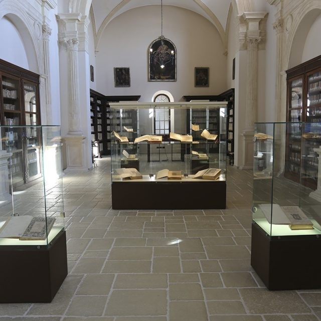 "May 1 / September 15 – Exhibition ""Antiquitatis Volumina"" – Town Library"